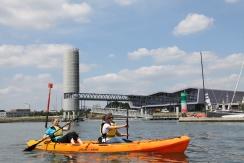 Kayak sur le spot de Lorient La Base