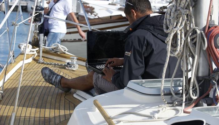 Port Louis (56) Preparation bateau